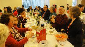 Seder_Table.01