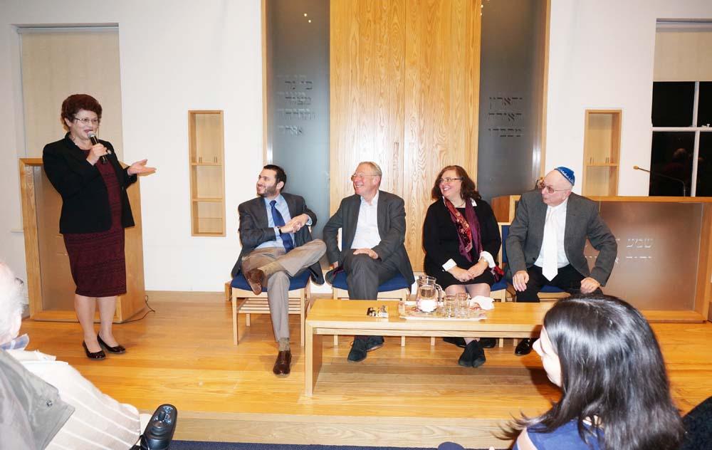 Joanna_thanks_Rabbis